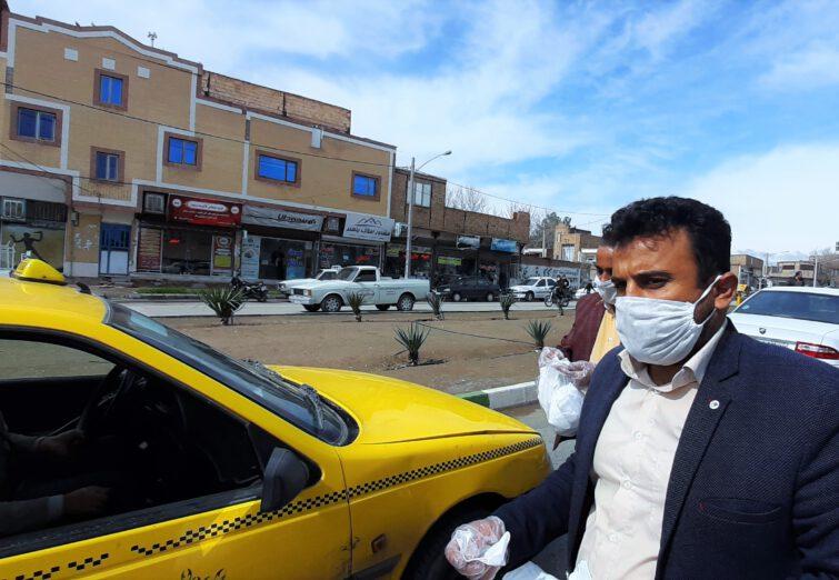 توزیع ۳ هزار ماسک رایگان توسط اصحاب رسانه سبزوار